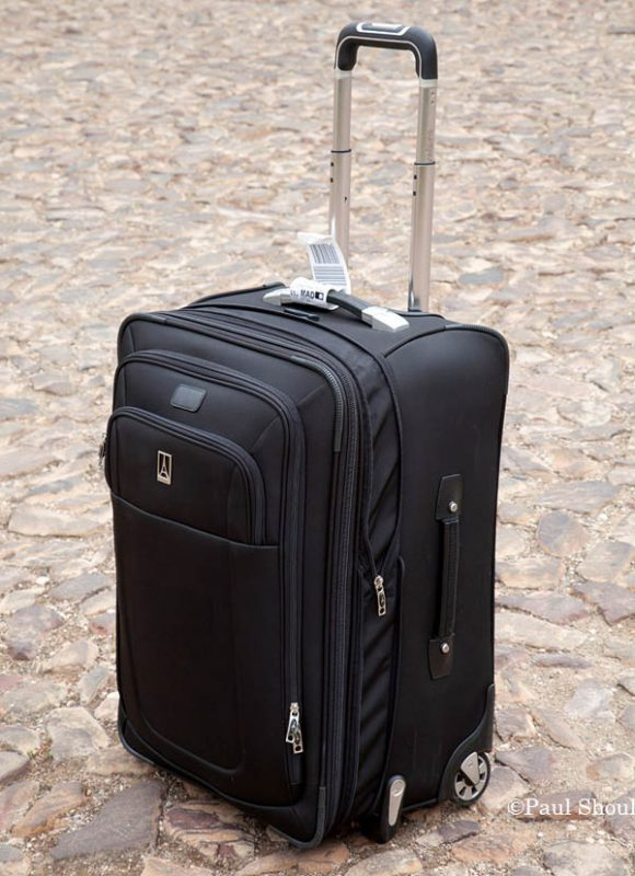 "Travelpro 24""expandable rollaboard suiter in Spain"