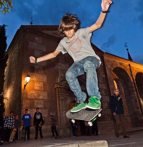skateboarder in plaza de cervatentes alcala de henares spain