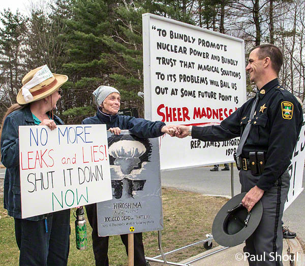 vermont yankee nuclear power plant protest and vigil sheriff Keith Clark talks with protesters