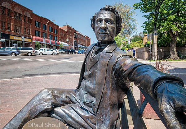sir. john A Macdonald sculpture on a bench in PEI