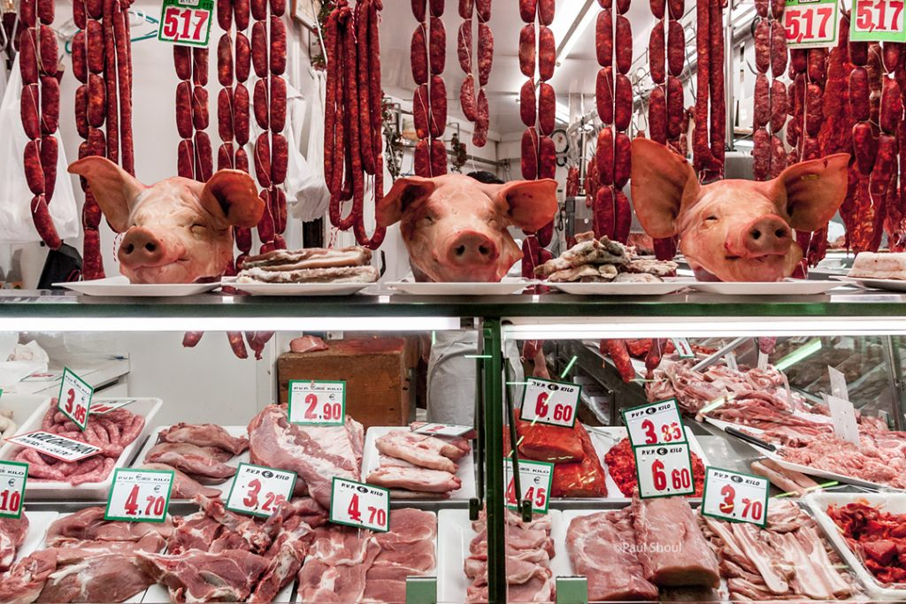 bilbao-spain-la-ribera market pork-pigs heads
