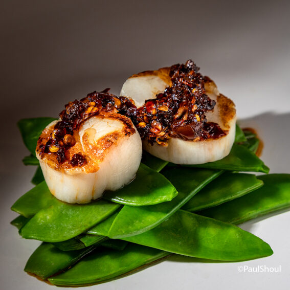 Grilled Chili Scallops with Snap peas