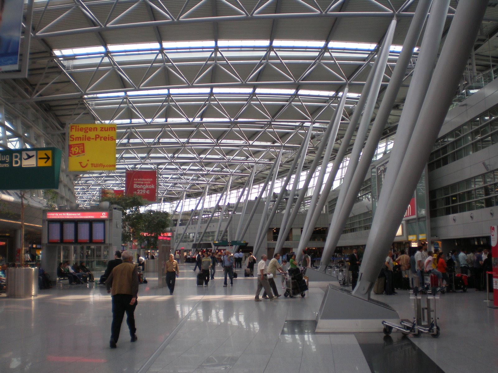 Dusseldorf Airport Be Our Guest